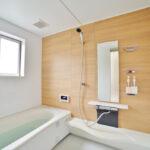 お風呂リフォームで後悔しない!我が家に合う浴槽の選び方のポイントとは?